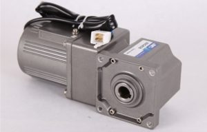 Малогабаритный угловой мотор-редуктор 220В 380В